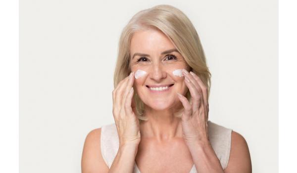 Der Jungbrunnen für die Haut – Anti-Aging-Effekte dank perfekter Komposition von Inhaltsstoffen